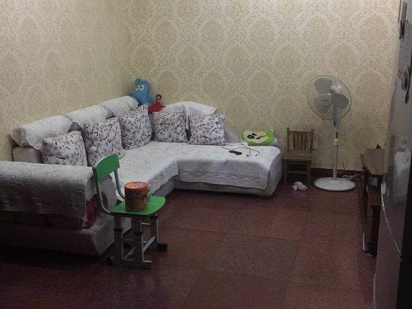 西需浦新村 3室1厅1卫 精装修 带车库 跃进路葛江中学上学方便