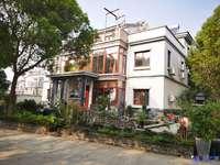 定居5A风景区 享一线临湖双拼别墅 送南北花园200平米 单价1.6万