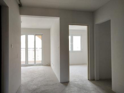 诚心急售,中南世纪城,两房朝南,采光好,有钥匙,学区未用,户型方正