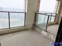 出售金鹰国际公馆4室2厅3卫196平米560万住宅