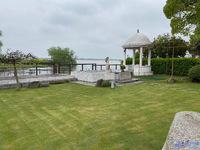 周庄独栋别墅 一线湖景 卖一套送一套 占地2亩 豪华装修 诚心出售 随时看房