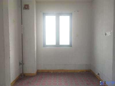 高端品质,小区经典2加1户型 采光刺眼,房东上海换房 急售。钥匙在手随时看房