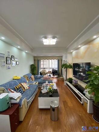 临近地铁口 满二年 豪华装修 带地暖 品牌家电家具 房东置换别墅 方便看房