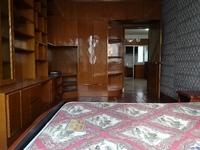 保昆公寓好楼层,两房朝南123万,钥匙在手,随时看房。