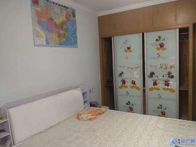 昆山市区 新装修 2房 精装 拎包入住 1800元/月 多层2楼 看房有钥匙