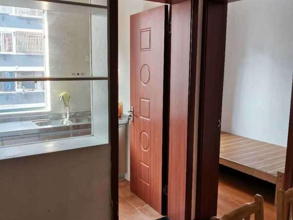 琼花新村多套租房,市中心,看房方便。