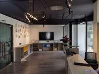 办公家具齐全有空调和隔断,星海大厦165平办公楼,5400一个月,可注册公司