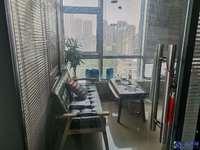 独家委托,中航城写字楼,两面采光,城东地铁口位置好,年租金5万,投资自用都适合,