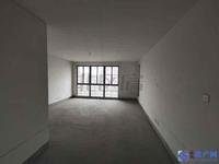 昆山豪装典范:天成佳园,226平,4房4卫,开窗见景