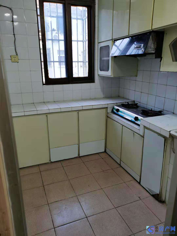 出租红峰新村北区2室1厅1卫60平米1400元/月住宅
