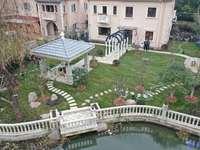 湖景别墅一临河一好位置一超大私家花园一豪华装修一1500万