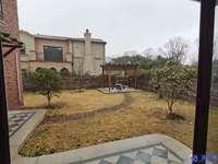 时代御湖一合院一200平大花园一510万一诚心出售一看房方便