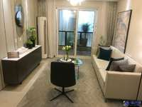淞南电梯小三房 装修精美 房东自住保养新 随时看房