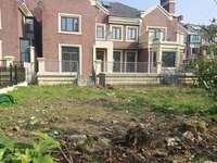 北大联排边套别墅满二年,花园超大,位置好目前整个小区唯一便宜在售的,随时可以看房