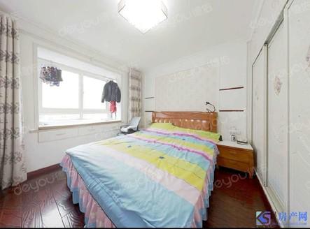 火炬新村 精装三房,总价低,看房方便,交通便利