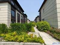 北大资源 六期别墅 联排西边套 纯毛坯 位置安静 花园面积150平