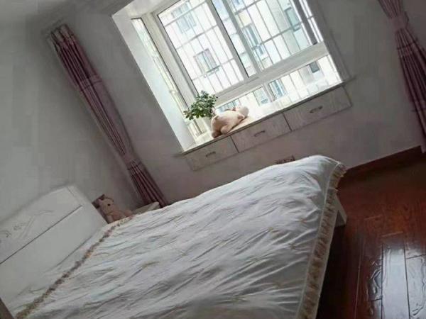 希望之城 精装2房 家具家电齐全 随时看房 拎包入住