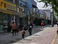 低价急售紫竹路医院边上商铺 位置绝佳