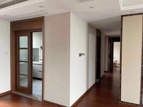 城西龍辰院子改善性住房,4室2廳2衛,看房方便