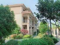 出租,张浦镇整栋别墅出租12房3厅4卫,年租金8万,新装修带空调,带院子