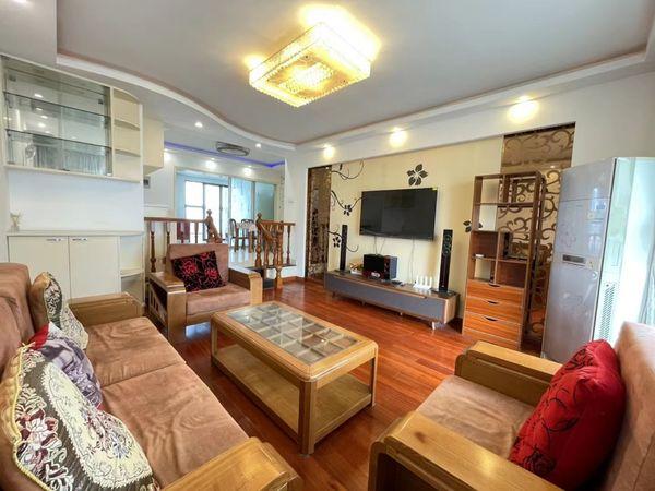 出租中航城3室2厅2卫131平米4000元/月住宅