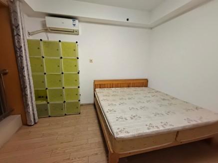 急售,中大简界,精装修,双阳台,2房2厅2卫,看房有钥匙,看中价格可谈