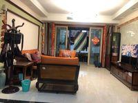 黄金海岸 精装大三房 高品质小区 出小区就是万达广场!