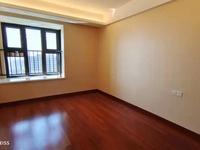 优质新房,这个月才交房,这套业主诚意出售。随时看房,全新装修。