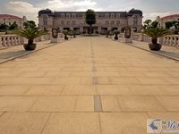 爱丽舍皇家独栋 纯毛坯 花园400平 位置好 5.8 挑空客厅 6房4房南