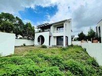 城西陽澄湖旁邊的優質獨棟別墅,占地1畝多,中式別墅,單花園就有300多平米。